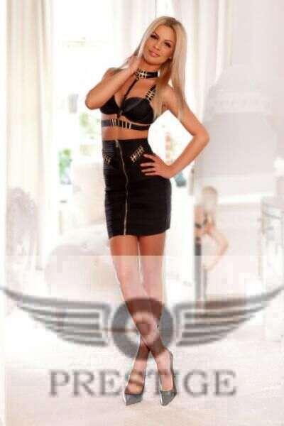 Ashley 2 - Ashley £350+ 22YRS Charing Cross Escort London
