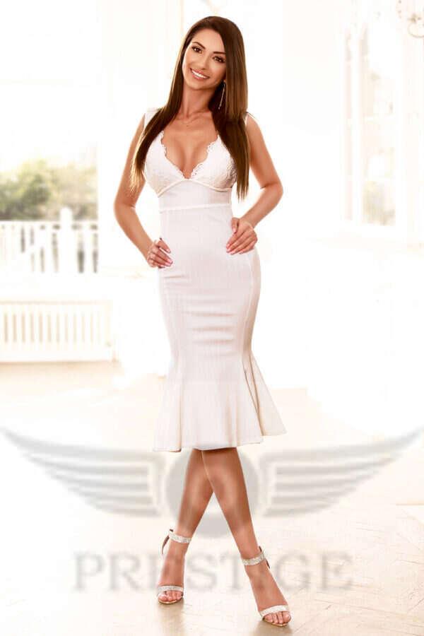 Paigenew 4 600x900 - Paige £200+  24YRS Bayswater Escort London