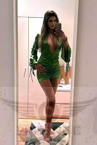 Kiara Selfie - Kiara £300+ 24YRS Mayfair Escort London