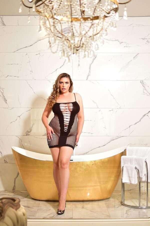 High End buxom busty Irina is a stunning curvy high end escort