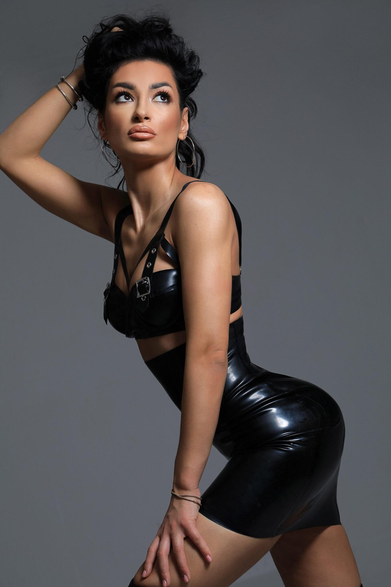 Afina - Prestige London Escorts - 24hr BDSM Party Mistress
