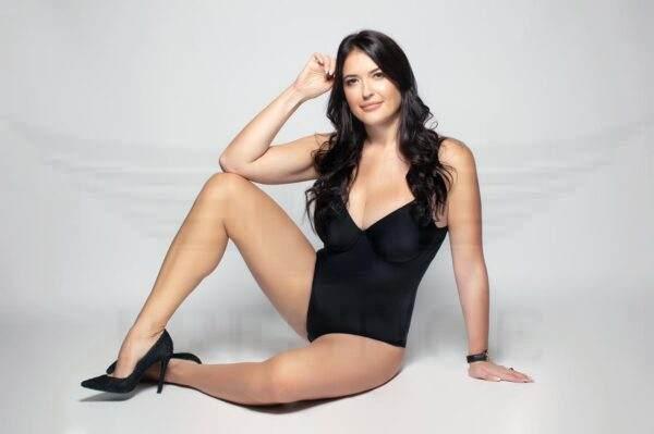 Russian babe Lara in black body suit